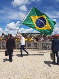 Manifestaciones en contra del confinamiento marcan la cuarentena en Brasil