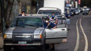 Venezuela: del mayor país petrolero a estar detenido por falta de gasolina