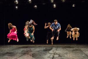 'Crack' económico en la danza de Sevilla